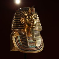 London & The Treasures of Tutankhamun